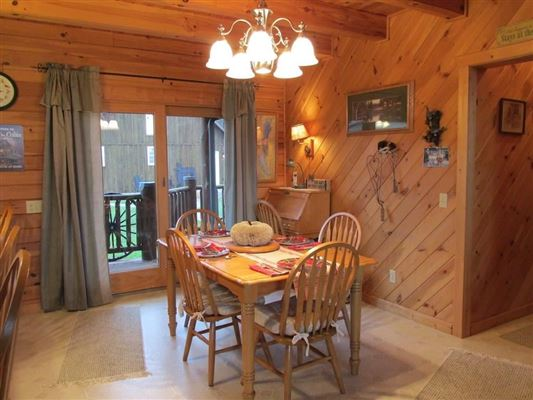 stately and spcaious lakefront log cabin luxury properties