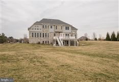 Luxury homes Gorgeous custom home nestled on threeacres in Derry Township