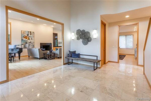 Luxury real estate Amazing North Wabeek custom home