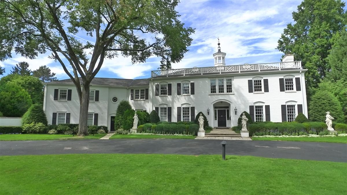 Luxury real estate iconic shaker heights home