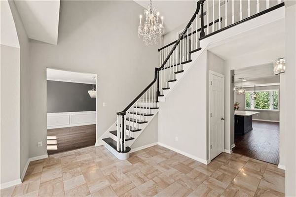 Luxury homes highly desirable Sturbridge neighborhood home