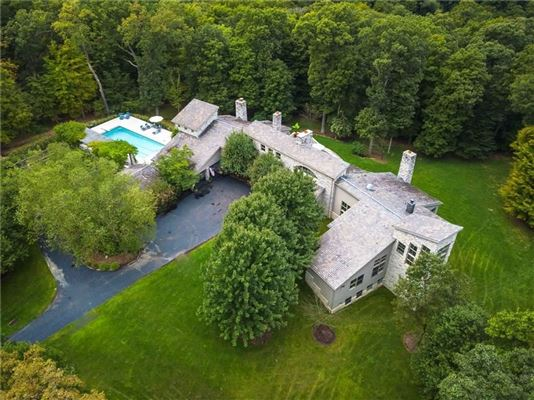 charming Village of Sewickley luxury properties