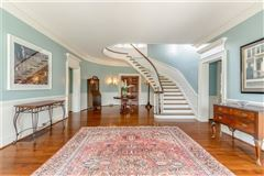 Mansions in classic historic colonial on 42 acres