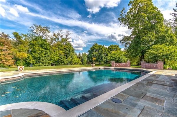 classic historic colonial on 42 acres luxury properties