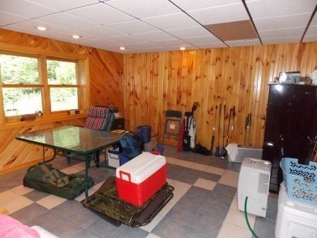 Luxury real estate custom log home on 119 acres