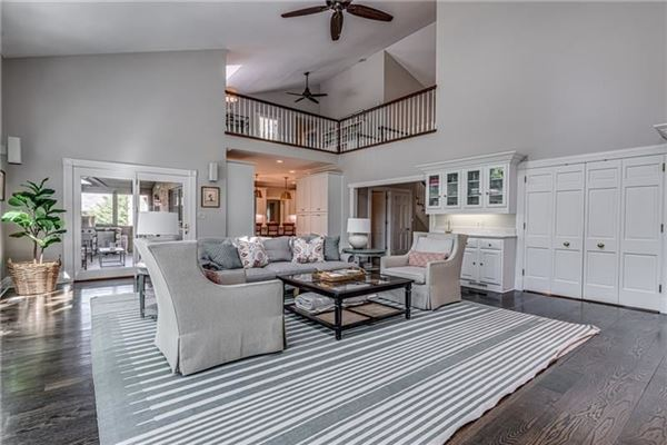Luxury homes updated Stately Colonial Home