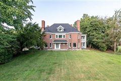 Mansions in  Alden & Harlow home