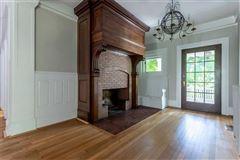 Alden & Harlow home  luxury properties