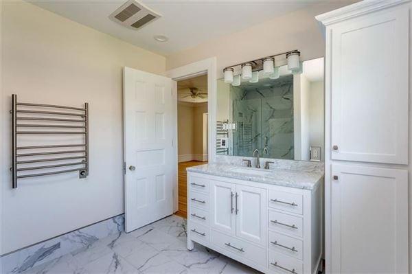 Luxury properties  Alden & Harlow home