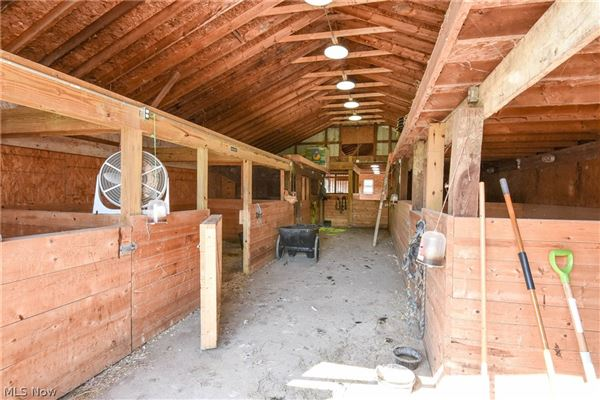 state-of-the-art Equestrian property luxury homes