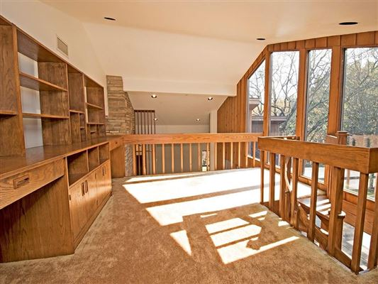 Luxury real estate superb home on 29 secluded acres with private lake
