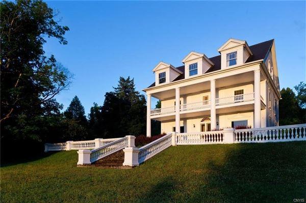 Brook Farms luxury properties