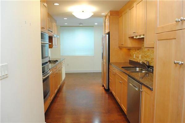 Mansions a special condominium in the metropolitan