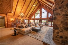 Luxury real estate magnificent waterfront residence on amazing acres