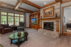 Luxury homes in beautiful two-story foyer offers an outdoor deck