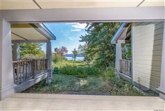 Luxury real estate an Incredible waterfront property