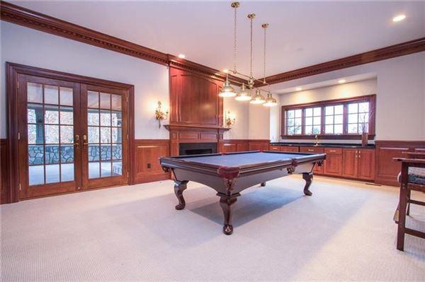 newer custom built Sewickley home luxury properties