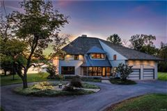 a Magnificent Skaneateles waterfront estate  luxury properties