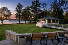 Mansions in a Magnificent Skaneateles waterfront estate