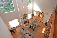 Luxury properties Springfields stunner