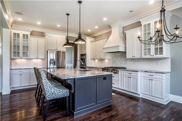 Luxury real estate Gorgeous and finely detailed true custom home