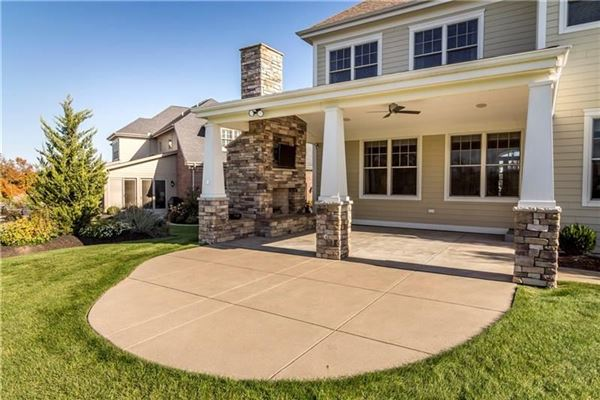 Mansions Gorgeous and finely detailed true custom home