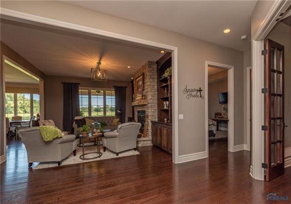 STUNNING CUSTOM RANCH HOME luxury homes