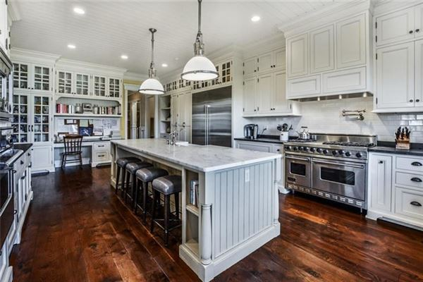Mansions impeccably-crafted home on six-plus acres
