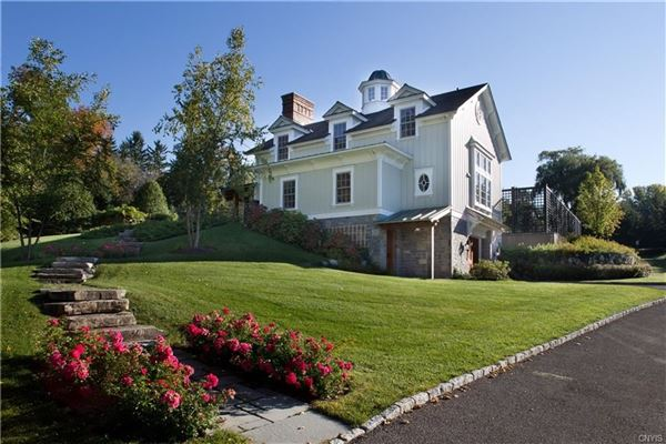 A unique custom carriage house built in 2008 mansions