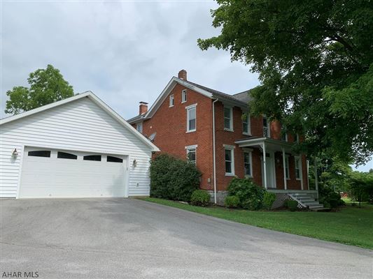 renovaTED BRICK COLONIAL ON 262 ACRE FARM luxury real estate