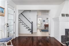 Luxury homes Overstone - landmark waterfront estate
