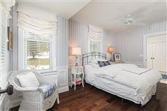 Luxury real estate Overstone - landmark waterfront estate