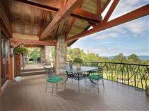 Rustic elegance on 14 acres luxury real estate
