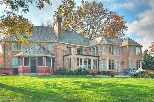 impressive home in avon lake luxury homes