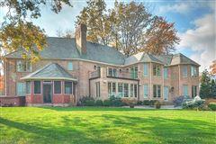 impressive home in avon lake mansions