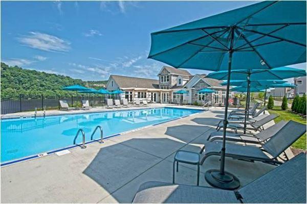 Rivers Edge Home in Oakmont luxury properties