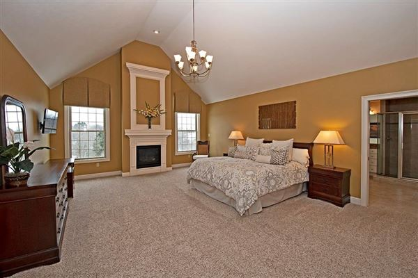Luxury homes in A Spectacular home in the heart of Peters Twp.