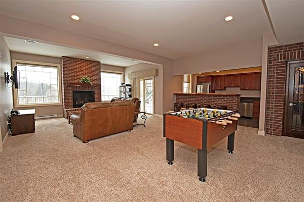 Luxury real estate A Spectacular home in the heart of Peters Twp.