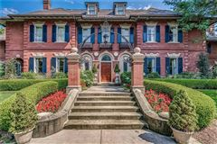 stately residence from 1905 mansions