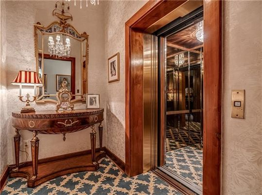 Luxury properties stately residence from 1905