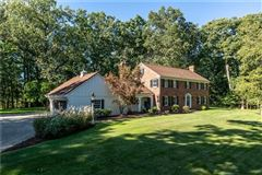 Luxury real estate Well built and well maintained classic Colonial home