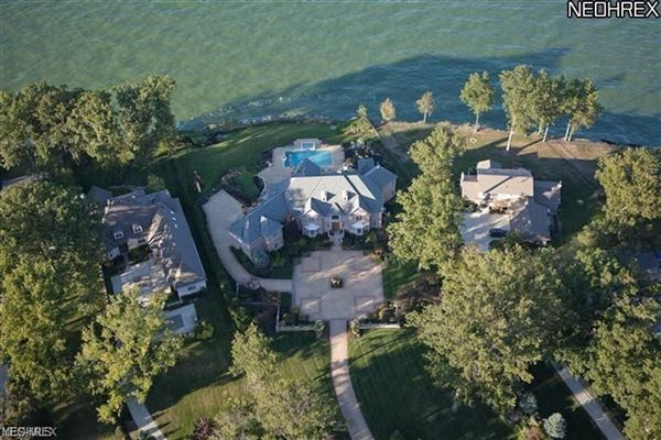 Mansions in extraordinary gated lakefront estate