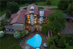 Luxury homes in Redefining the standard of luxury living