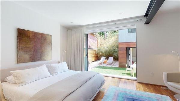 Luxury homes in awe-inspiring home