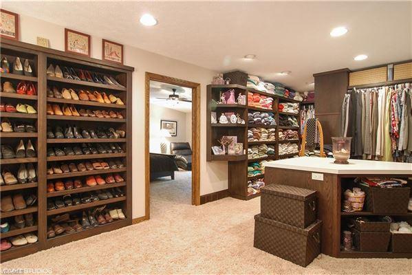 Luxury homes in amazing custom crafted retreat