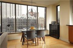 Luxury real estate Luxury sun-filled condominium
