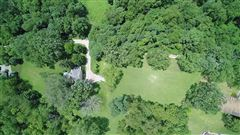 Mansions in More than 15 acres with endless possibilities