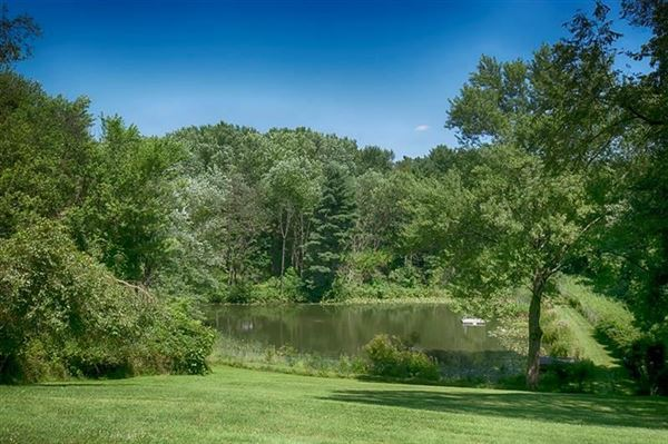 Luxury properties More than 15 acres with endless possibilities