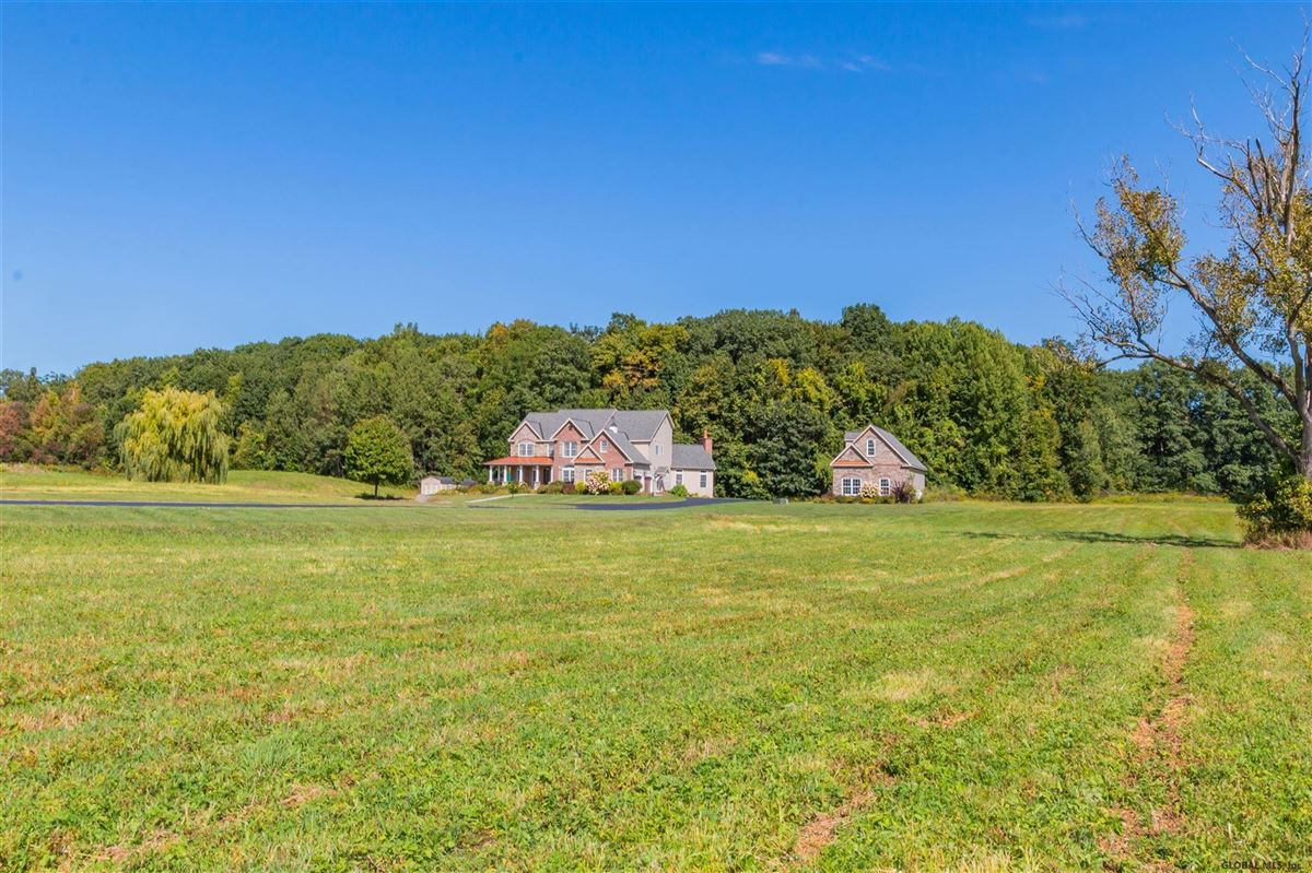 a beautiful 20 acre property luxury properties