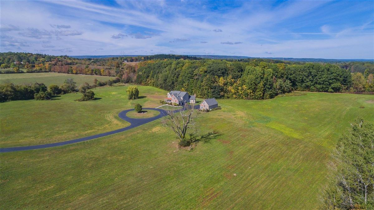 a beautiful 20 acre property mansions